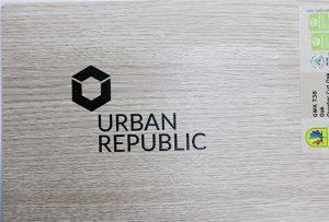 הדפסת לוגו על חומרי עץ על ידי WER-D4880UV 2